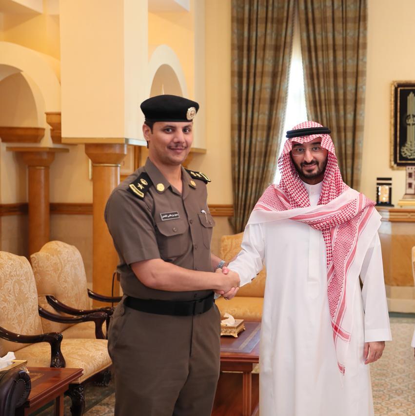 نائب أمير منطقة مكة المكرمة يهنئ الغامدي