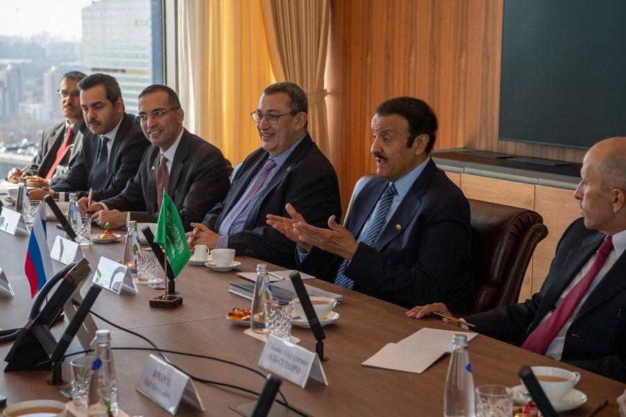 الأمير سلطان بن سلمان يلتقي وزير الصناعة الروسي
