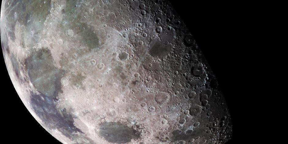 الـقمر يـقترن بالـمريخ والمشـتري فجـر الخميـس