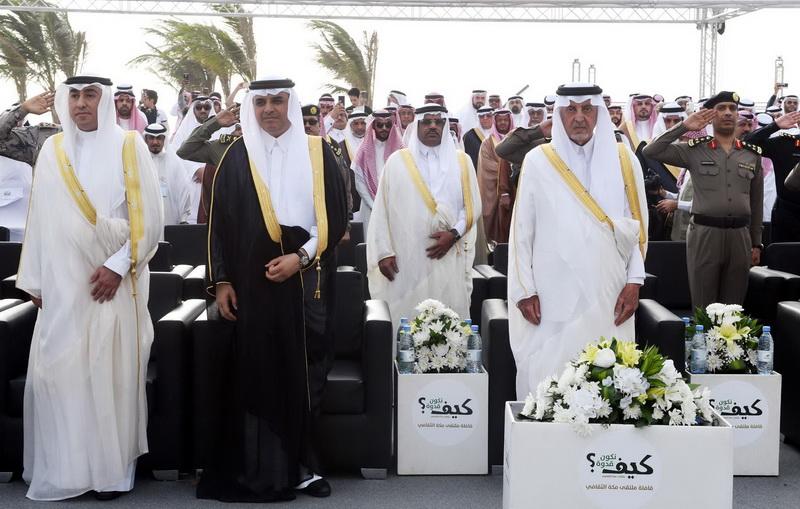 مركبة الشهداء تلفت انتباه أمير منطقة مكة المكرمة