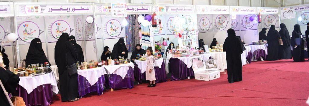 ٧١ فتاة يلفتن زوار مهرجان صبيا للتسوق والترفيه