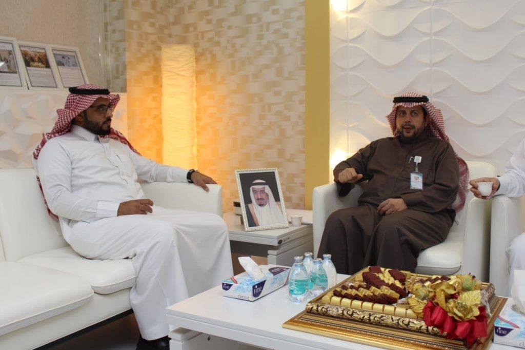 توقيع عقد شراكة مجتمعية بين صحة الرياض ومؤسسة السيف التجارية
