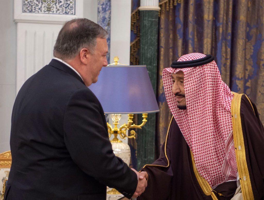 خادم الحرمين يبحث ووزير الخارجية الأمريكي مستجدات الأوضاع في المنطقة