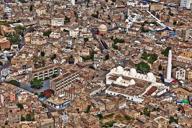 مقتل 8 من عناصر المليشيات الحوثية الانقلابية في تعز