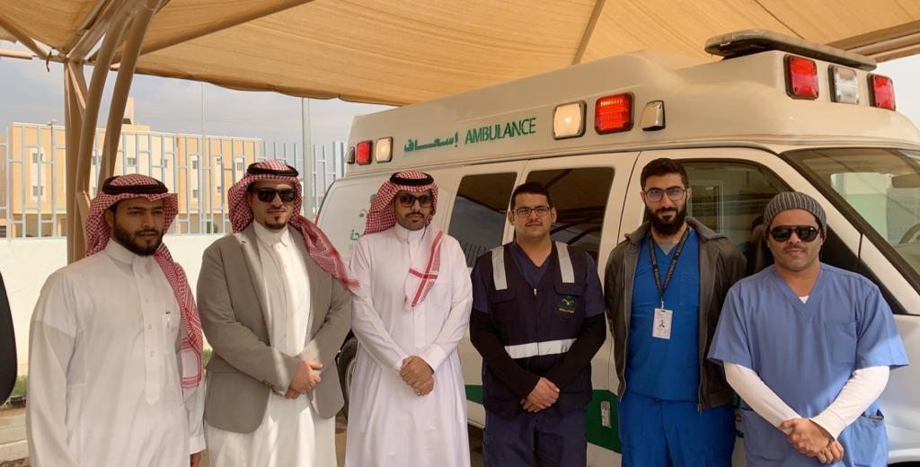 مستشفى المزاحمية العام يدشن مركز النقل الإسعافي
