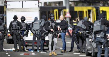 السلطات الهولندية تشير بأصابع الاتهام إلى تورط رجل من مواليد تركيا في حادثة اطلاق النار