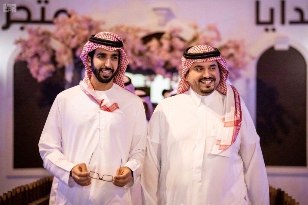 آل نهيان: نجاح مهرجان ولي العهد في الطائف يسجل لبلادنا